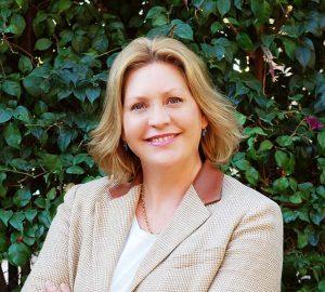 Angela McGrath - Carta Directora
