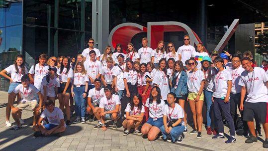 Foto de alumnos de Hola USA en orientación Washington D.C.