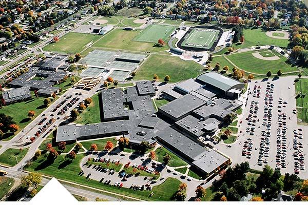 Elegir high school público para estudiar un curso de Bachillerato o ESO en USA